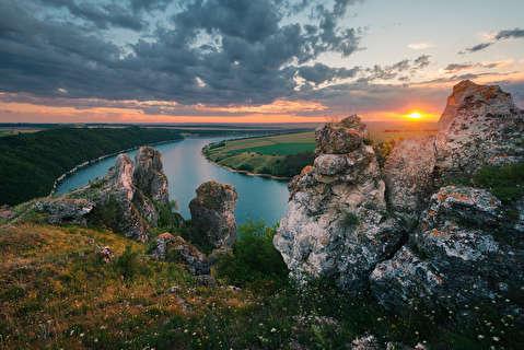 نیم نگاهی به اوکراین