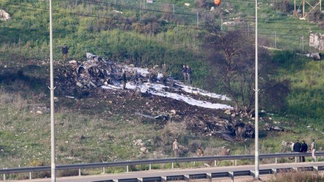 نخستین موفقیت رسمی سوریه در انهدام جنگنده رژیم اسرائیل در چهار دهه/ آماده باش پایگاه هوایی آمریکا در قطر/مشارکت روسیه در سرنگونی جنگنده اسرائیل