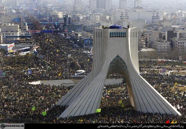 انقلاب رسما به چهل سالگی وارد شد/ آغاز راهپیمایی 22 بهمن در تهران و سراسر کشور