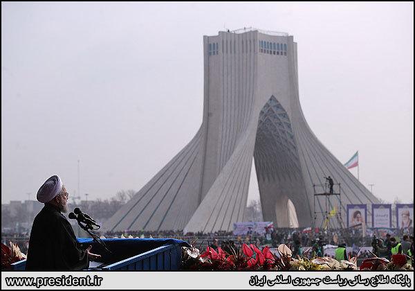 مردم طرح آمریکا برای مداخله در امورداخلی ایران را خنثی کردند/ افرادی را از قطار انقلاب پیاده کردیم که میتوانستیم پیاده نکنیم