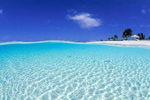 بر فراز جزیره لانگ باهاما