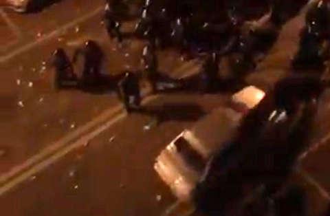 حمله با پراید به نیروهای پلیس