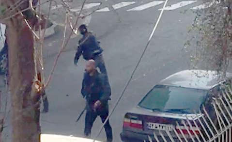 ادامه درگيری ها در پاسداران تهران