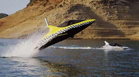 دلفین رباتیک و ماشین پرنده آبی