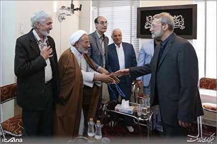 دیدار دکتر علی لاریجانی با صنف نانوایان قم