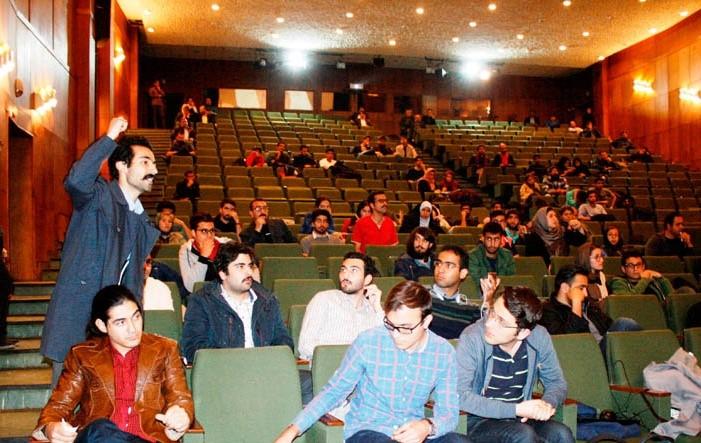 از بازداشت گسترده فعالان دانشجویی تا کمک های بی شائبه دانشجویان به زلزله زدگان کرمانشاهی
