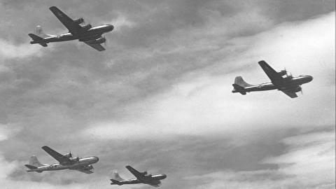 حمله هوایی به ناپل