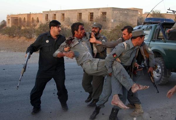 حمله مسلحانه به پایگاه نظامی در افغانستان