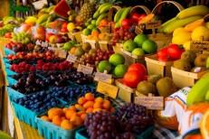 آمار و اطلاعات غیر شفاف بستری برای رانت در واردات میوه / گاهی به نعل و گاهی به میخ زدن وزارت جهاد کشاورزی