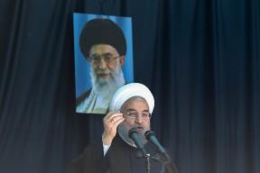 روحانی: آیندهایران را در اختیارفریبکاران نمیگذاریم