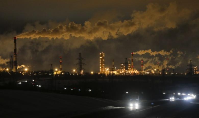 کاهش قیمت نفت با تنش ایجاد شده در آمریکا