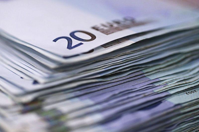 اوج گیری یورو بعد از دور اول انتخابات فرانسه