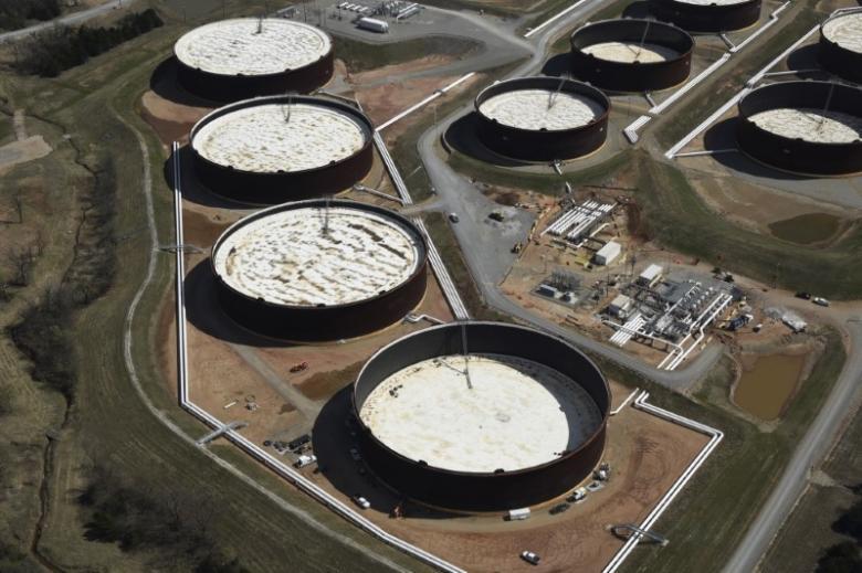کاهش قیمت نفت با افزایش موجودی آمریکا