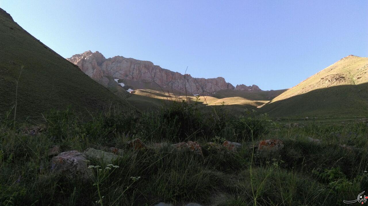 طبیعت زیبای آزادکوه