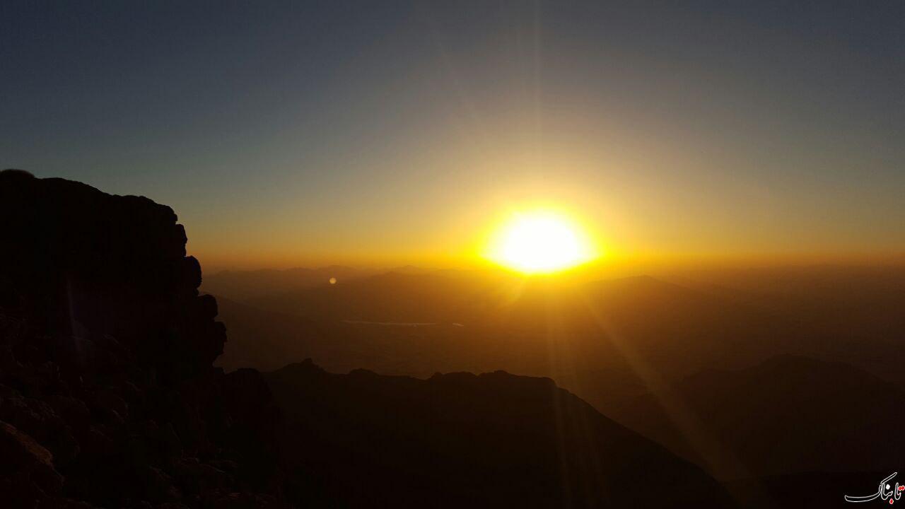 کوه سهیل؛ شهرستان سنقر-ارتفاع ۳۳۳۰متر