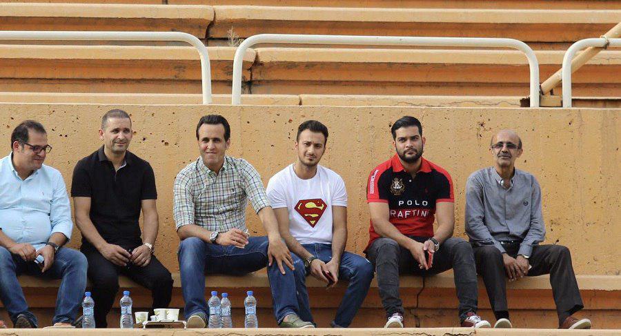 علی کریمی برای ترک سرمربیگری نفت 3روز اولتیماتوم داد