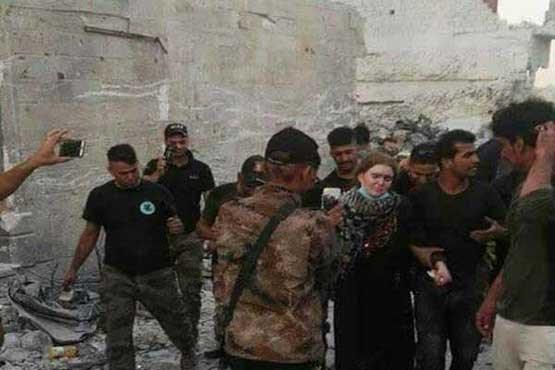 دستگیری تک تیرانداز زن داعش در غرب موصل