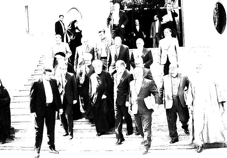 کدامیک از وزیران با صندلی وزارت خداحافظی میکنند + اسامی