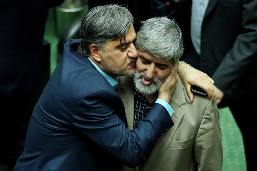 یک نماینده مجلس پای روحانی رابه دربی پیامکی بازکرد!+نامه