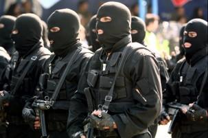 Iran foils 'plot to bomb religious centres'