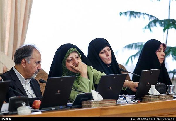 مگر «موگرینی» باید در مورد وزیر شدن زنان ایرانی نظر بدهد؟!