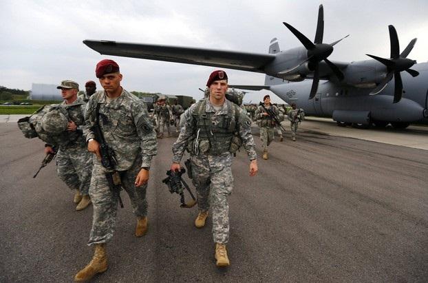 ورود یک هیات نظامی-مستشاری آمریکایی به غرب عراق/ پیام های مسعود بارزانی برای ۶ کشور منطقه/محاصره کامل تلعفر در شمال عراق/آمریکا مانع فروش هواپیماهای روسی به ایران