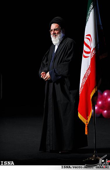 رئیس جدید مجمع تشخیص را بیشتر بشناسید