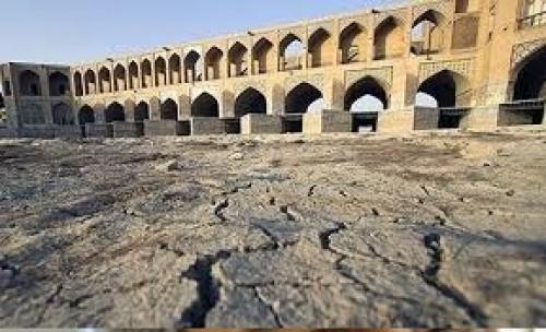 با قانون استقلال آبی استان ها، منتظر روزهای تاریکتر منابع آب کشور باشید!