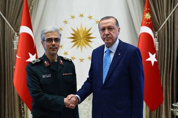 سفر قریب الوقوع رئیس جمهور لبنان به تهران/جزئیات دیدار اردوغان با سرلشگر باقری/برنامه بلندپروازانه امارات برای هسته ای شدن/شکست کامل مذاکرات بغداد با مقامات اقلیم کردستان در مورد همه پرسی