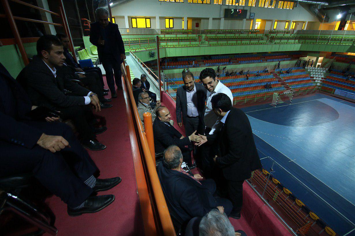 وزیرورزش درسالن میزبان مقدماتی جام ملتها