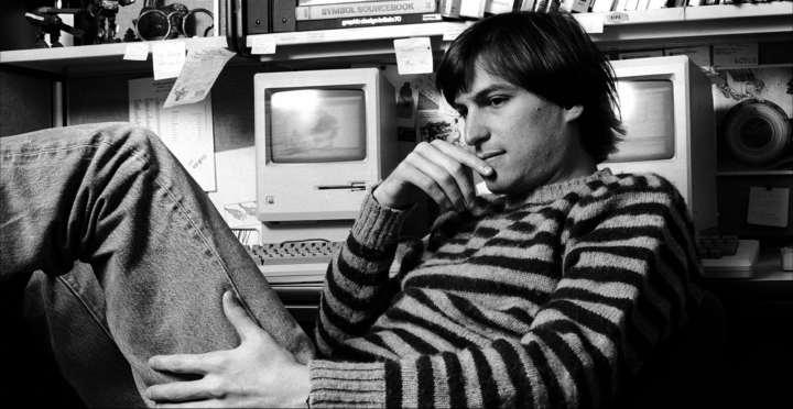 زندگی پر فراز و نشیب بنیانگذار اپل چگونه گذشت؟