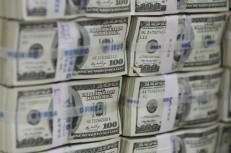 سناریوهای تعیین قیمت دلار در بازار / آلارمهای افزایش نرخ ارز