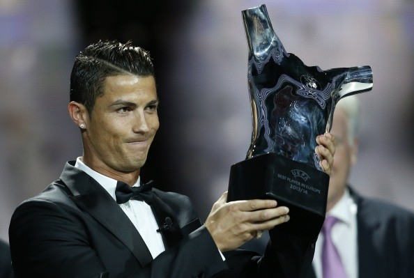 رونالدو،بالاترازمسی بهترین بازیکن و مهاجم اروپا شد