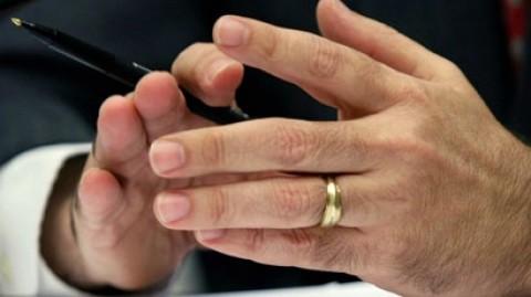 پنج قانون حلقه دست کردن مردان