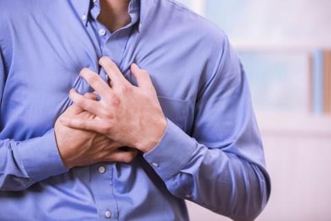 در حملات قلبی چه اتفاقی رخ میدهد؟
