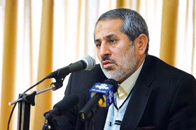 فقط اسمش «حصر» است، وگرنه از آنها مراقبت میشود/دادستان تهران: تسلیم اعتصاب غذا نمیشویم/احمدینژاد، موسوی و کروبی دیگر تأیید صلاحیت نمیشوند