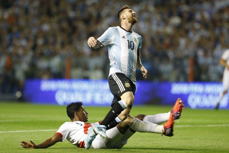 توقف آرژانتین مقابل پرو/خطرجام جهانی بدون مسی جدی شد