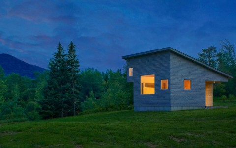 خانه بسیار کوچک با تمامی امکانات