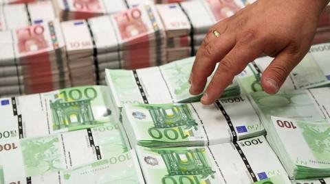 آیا یورو در حال مرگ است؟
