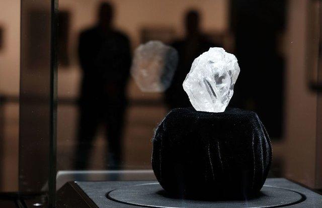بزرگترین الماس قرن فروخته شد