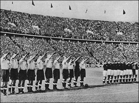 مسابقه جنجالی تیم ملی فوتبال آلمان و انگلستان پیش از جنگ جهانی دوم