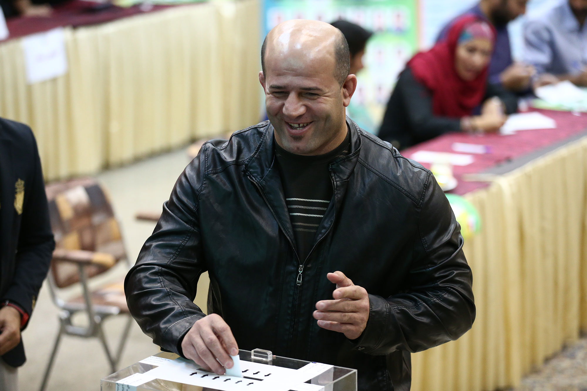 تصاویری ازچهره های سرشناس ورزش ایران درانتخابات