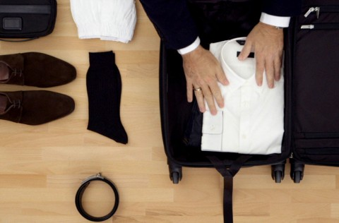 تکنیک بستن وسایل در چمدان