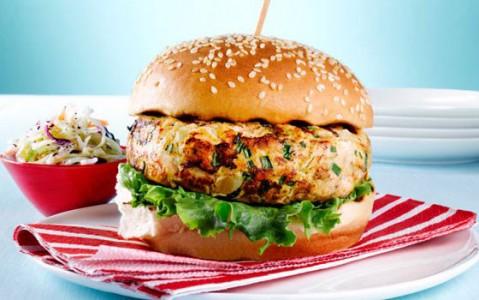 طرز تهیه برگر ماهی سالمون