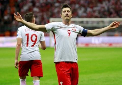 گزیده بازی اروگوئه - لهستان
