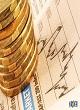 از «حرکت قیمت جهانی طلا بر لبه تیغ» تا «زمزمههای خروج روسیه از توافق نفتی»