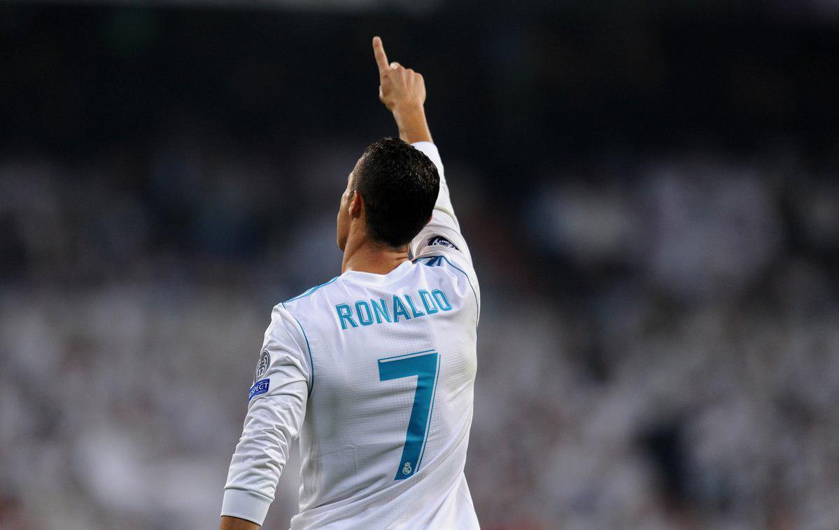 رونالدو:من بهترین بازیکن تاریخم؛کامل تر ازخودم ندیدم
