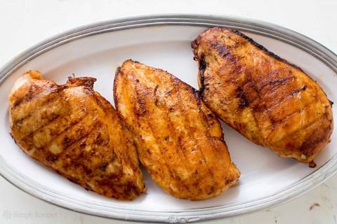 طرز تهیه مرغ بریان و سینه مرغ در باربیکیو