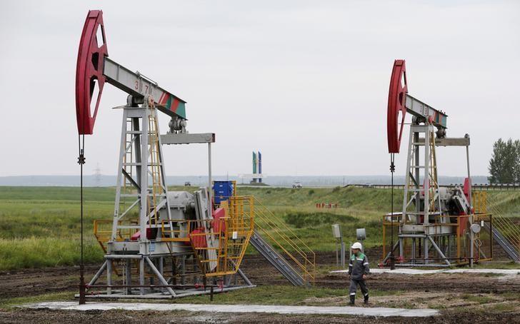 کاهش قیمت نفت با افزایش تولید آمریکا