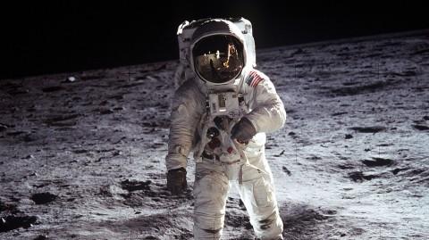 نحوه مرگ بدون لباس فضانوردی!